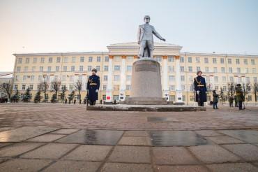 Город воинской славы, ты — гордость России!