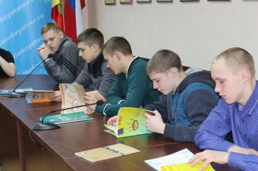 Студенты колледжа им. П.А.Кайкова побывали на Дне открытых дверей в избирательной комиссии Тверской области