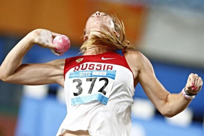 Легкоатлетка Алена Бугакова вновь покорила Москву