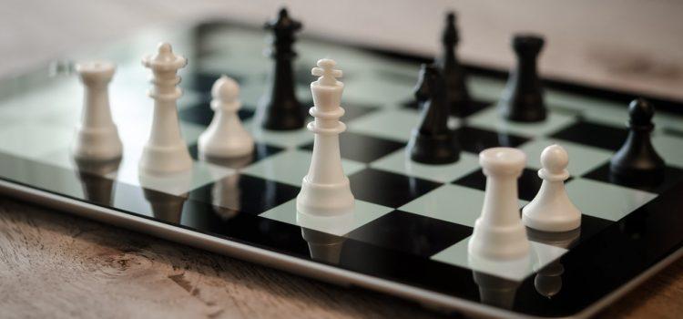 1528296449_chess-1214226_1280